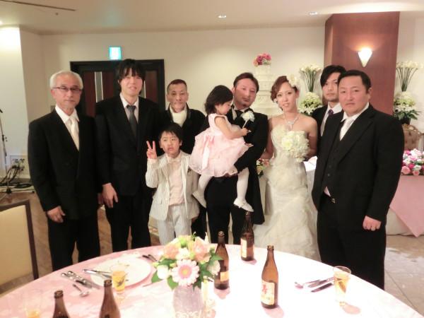 社員の谷口君の結婚式が広島市内にて行われました!